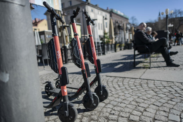 Swedish authorities call for ban on electric scooters after fatal crash