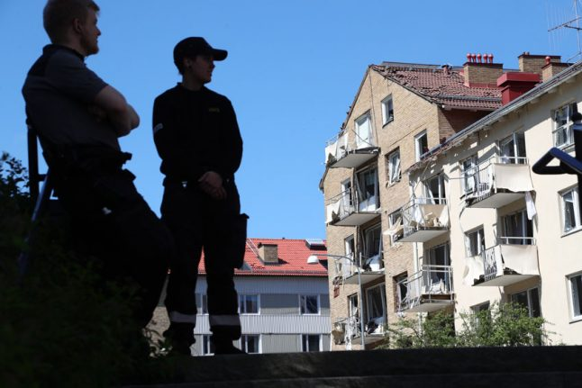 Linköping explosion: police 'interested' in residents of damaged building