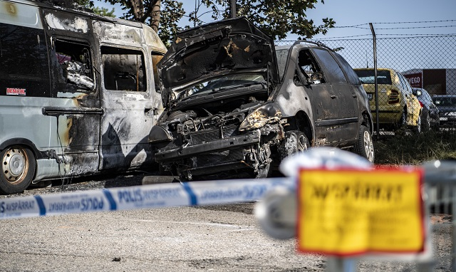 Police search for suspects behind Lund car burnings after more vehicles destroyed