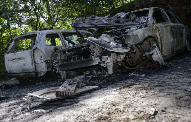 Who's behind Lund's spate of car burnings?