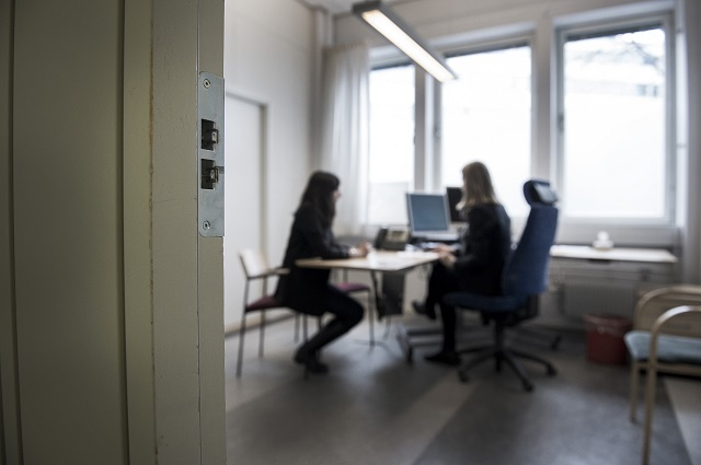 Reader voices: Should foreigners in Sweden have the right to interpreters?