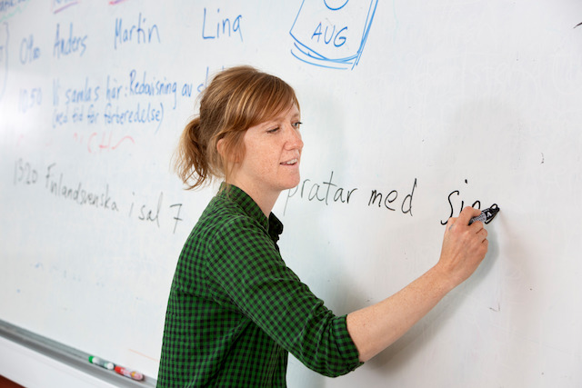 Do you really need to learn Swedish in Sweden?