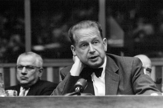 UN lawyer tells US, UK and South Africa to reveal what they know about Dag Hammarskjöld's death