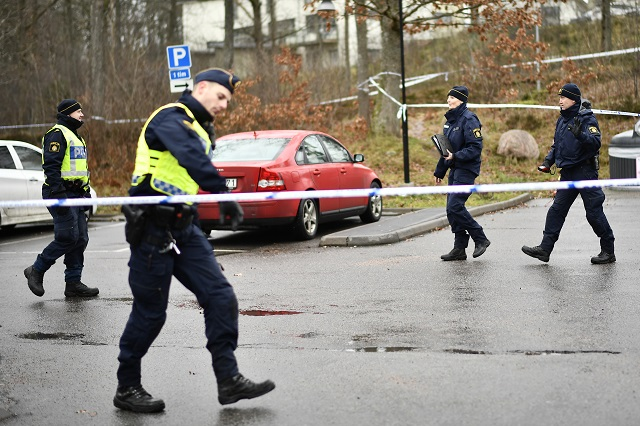 One dead and several injured after spate of knife attacks in Gothenburg