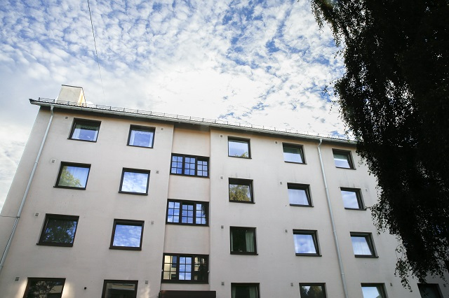 Hundreds of migrants in Sweden could soon lose their housing
