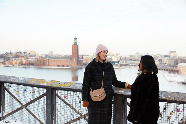 Why do so many Swedish slang words end in 'is'?