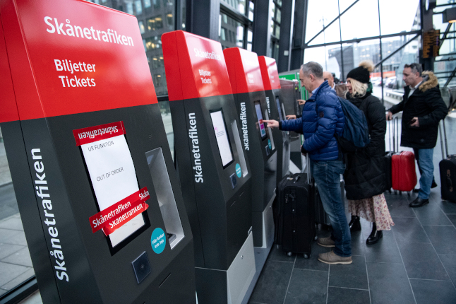 How do the new public transport tickets work in southern Sweden?