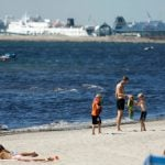 Why are people getting caught in quicksand on a Swedish beach?