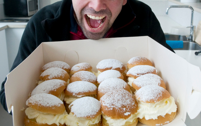 Why Swedes will eat 221 tonnes of cream and six million buns today