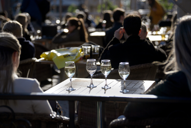 Five Stockholm restaurants closed over social distancing breaches