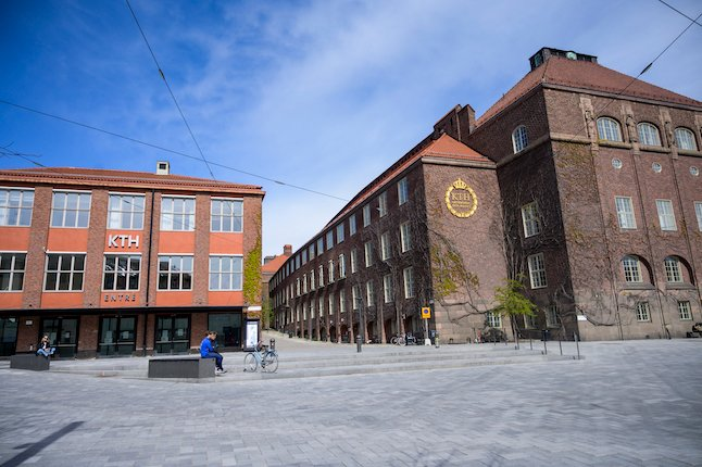 International students call on Sweden to cut tuition fees as coronavirus crisis drags on