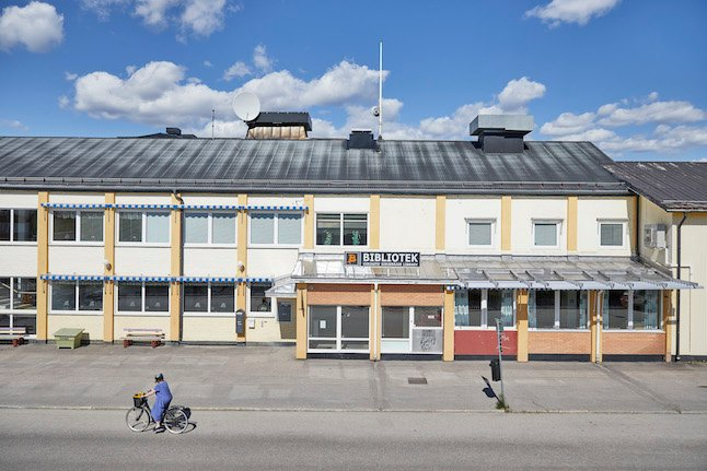 Does a town in northern Sweden really have an 'uncontrollable spread' of Covid-19 infections?
