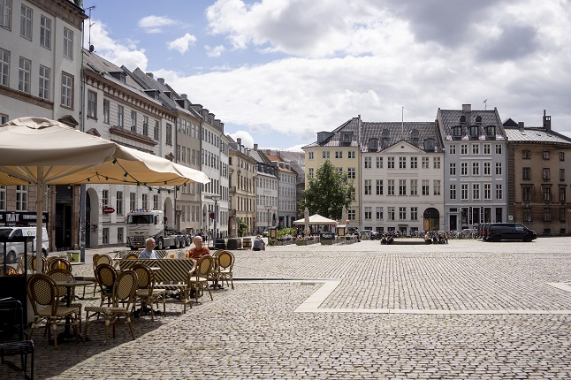 Denmark opens to travel from all of Sweden