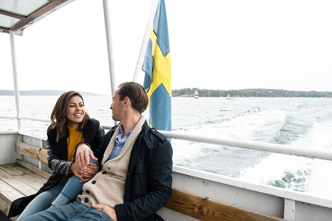 Long-distance relationships: What are the rules for travel to and from Sweden?