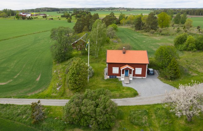 WATCH: Where are Sweden's most affordable houses?
