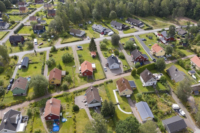 Quiz: Should you buy or rent your home in Sweden?