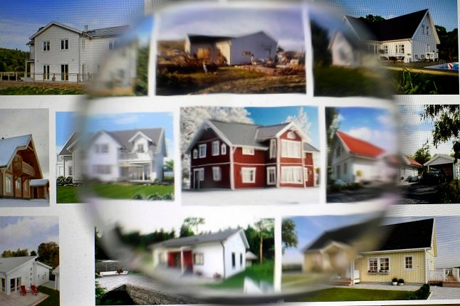 What extra costs should you budget for when you buy a house in Sweden?