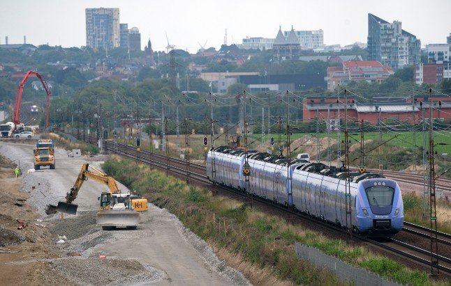 Trains between Malmö and Lund stopped for a week