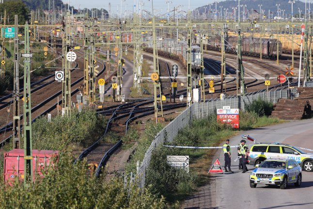 Train traffic resumes after collision in Gothenburg