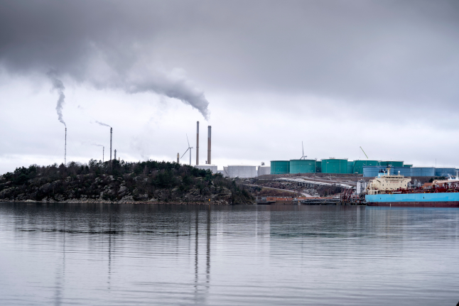 Greenpeace activists block Swedish oil refinery to protest expansion