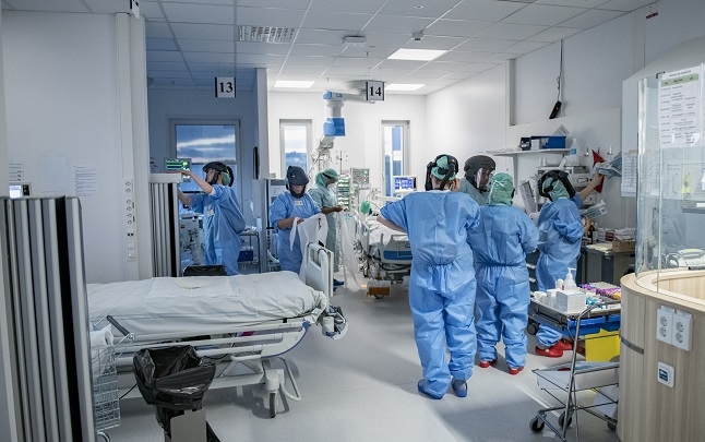 Covid-19 cases in intensive care are rising again in Sweden