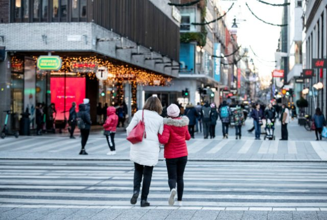 Here's how Christmas travel changed in Sweden in 2020