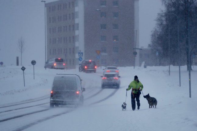 SNOW CHAOS: Thousands without power after icy spell grips Sweden