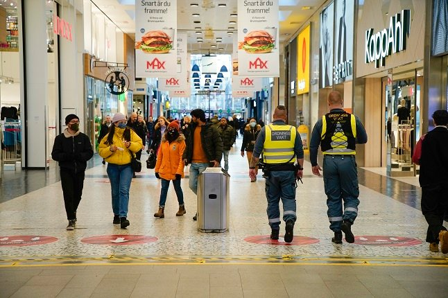 EXPLAINED: What you can be fined for under Sweden's pandemic law