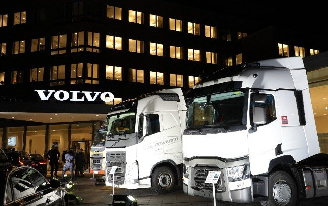 Volvo halts truck production due to global semiconductor shortage