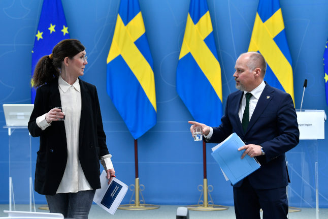 Swedish government pushes ahead with new migration bill