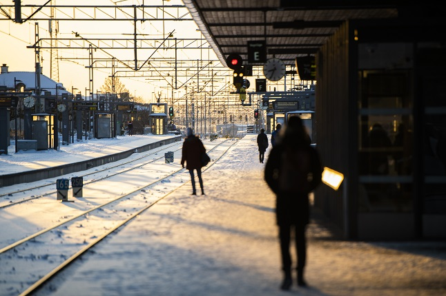 Easter travel can go ahead, but 'if you're unsure, stay home': Swedish health agency