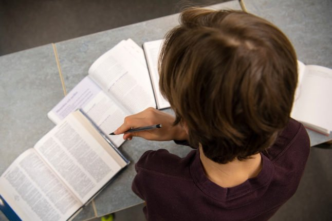 Sweden's new guidelines for schoolchildren who have been exposed to Covid-19