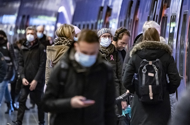 When does Sweden plan to change its face mask recommendations?