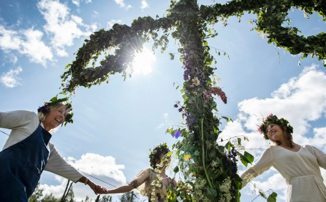Booze, frogs and in-laws: Tell us your best Midsummer stories